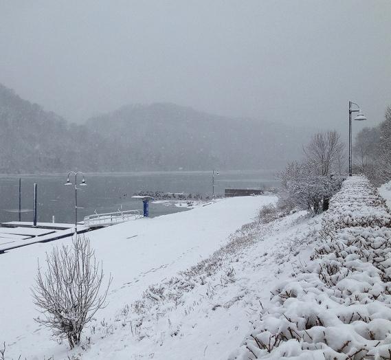 snowy-docks2